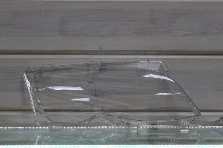 Стекло правой фары для BMW 3 E46 Sedan 2002-2006 рестайлинг
