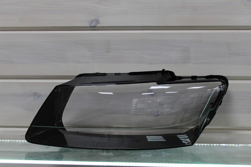 Стекло на левую фару для Audi Q5 2008-2012 дорестайлинг