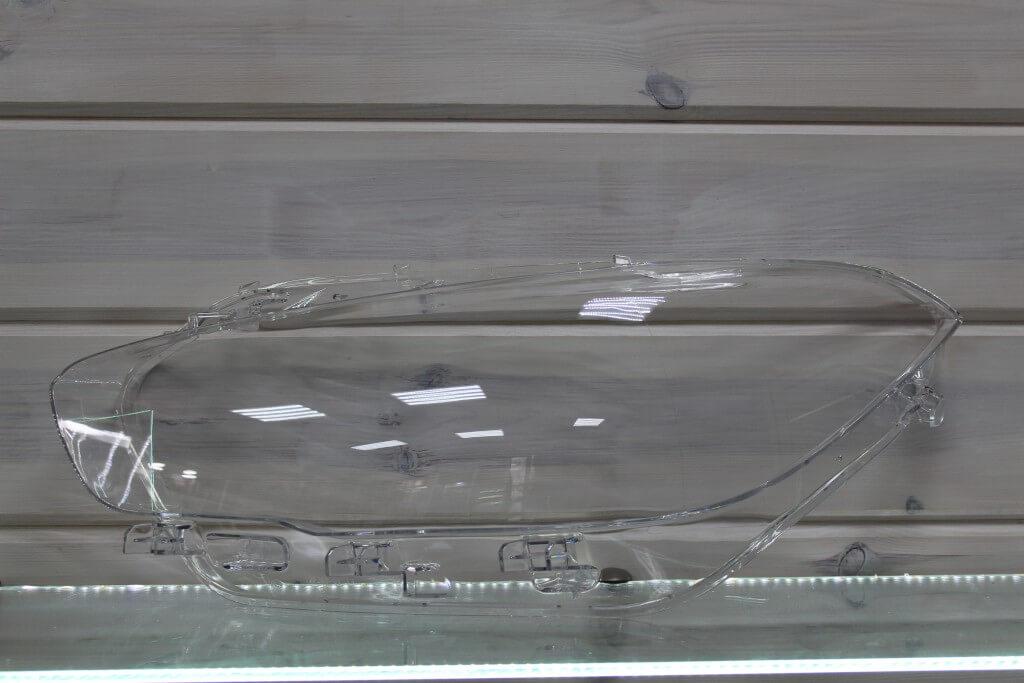 Стекло на левую фару для BMW 1 F20 F21 2015-2020 рестайлинг