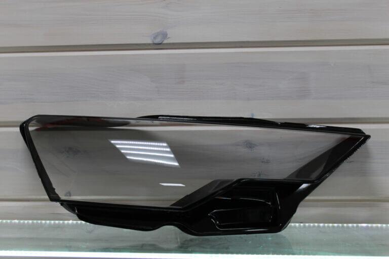 Стекло правой фары для Audi A6 C8 2018 и ALLROAD 2018