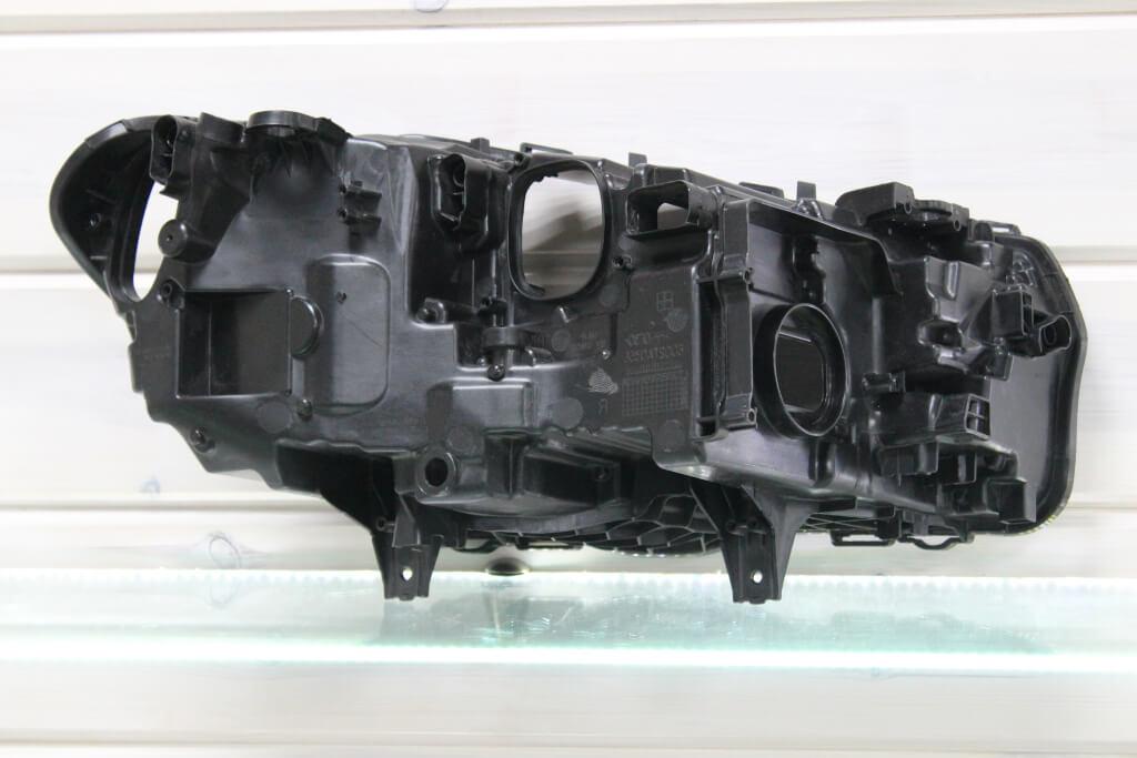 Корпус левой фары для BMW X3 G01 и X4 G02 2018