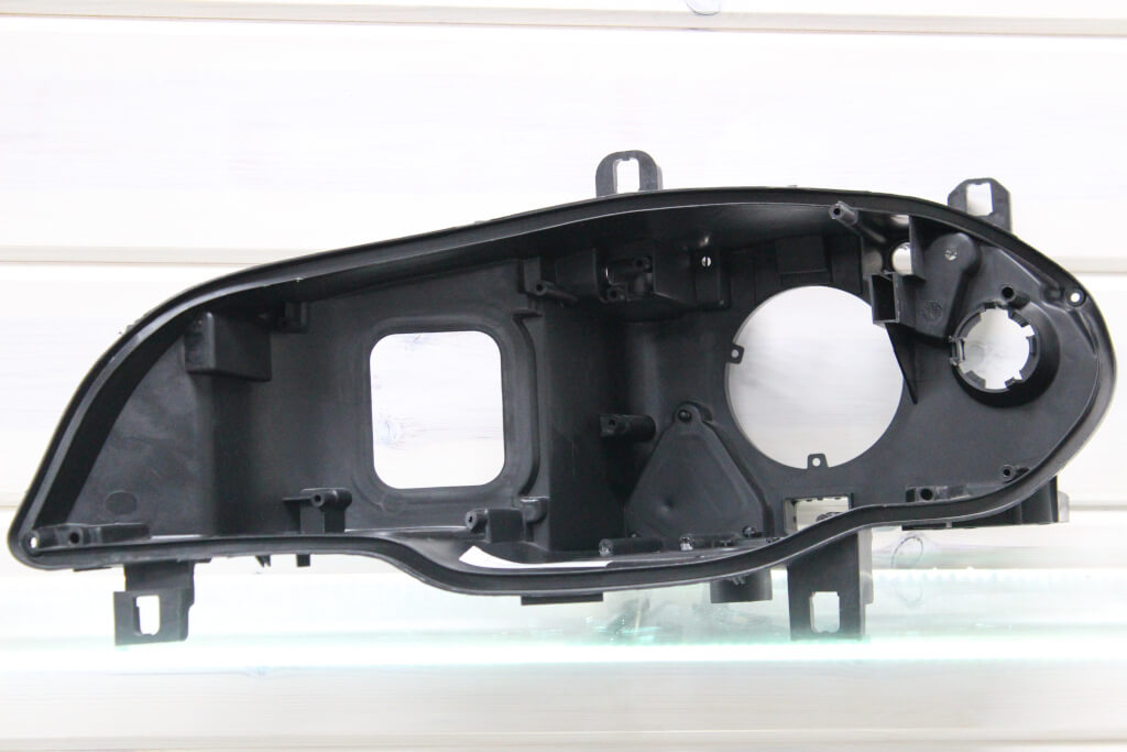 Корпус левой фары для BMW X5 E70 2010-2013 рестайлинг адаптив