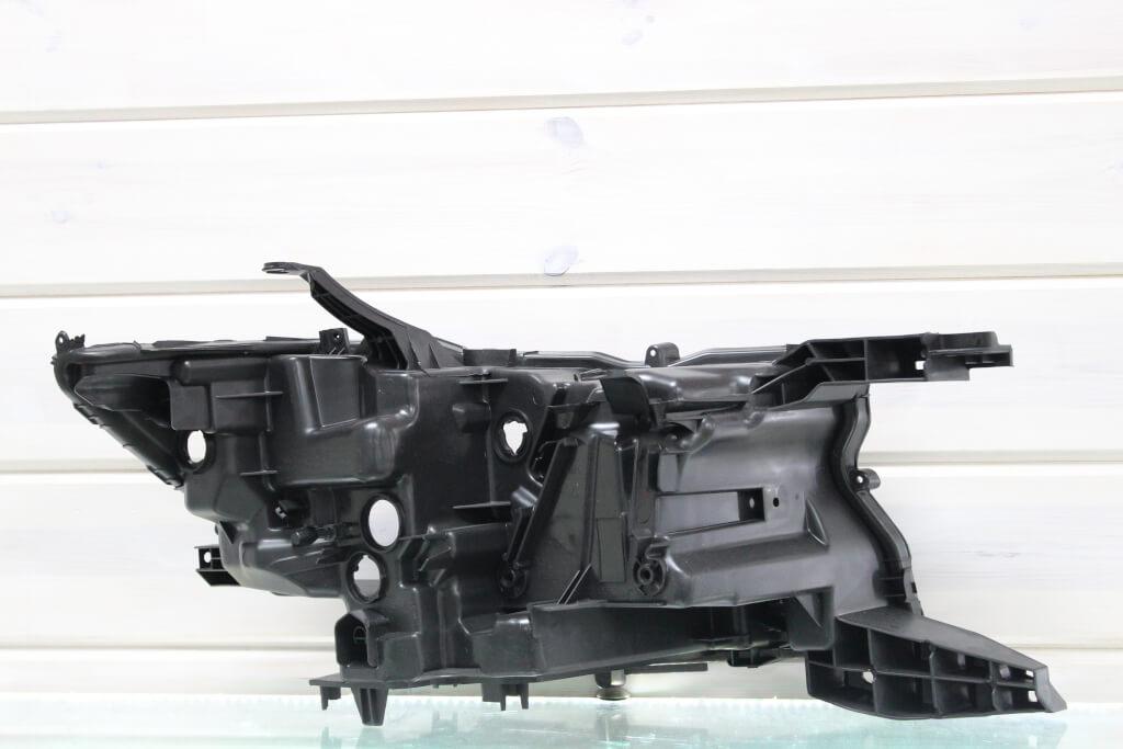 Корпус левой фары для Toyota Land Cruiser Prado 150 2017