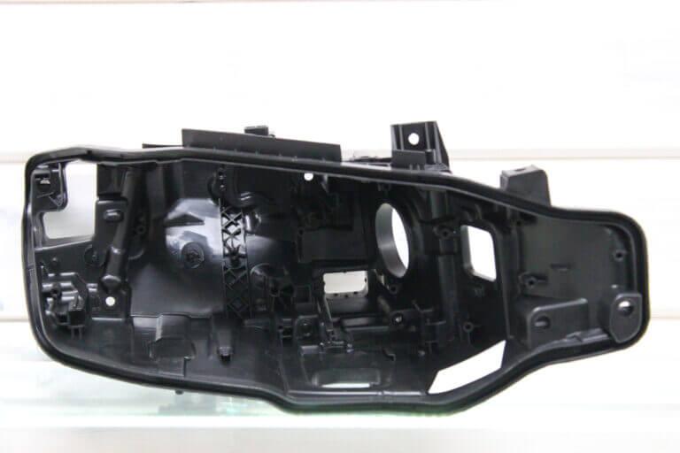 Корпус правой фары для BMW 3 F30 2015-2018 рестайлинг