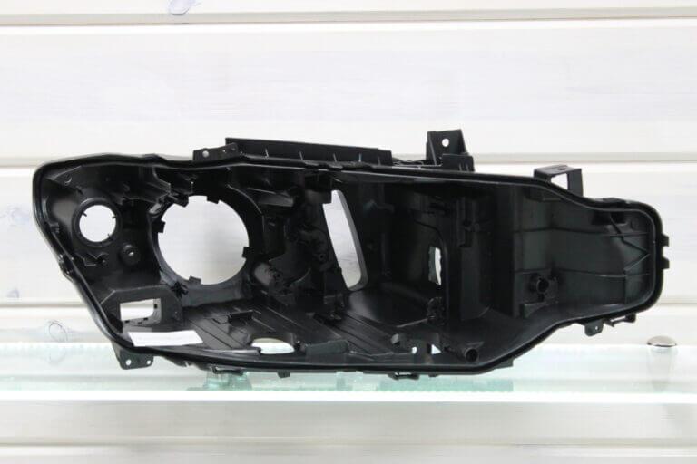 Корпус правой фары для BMW 3 F30 F31 F80 2011-2015 дорестайлинг