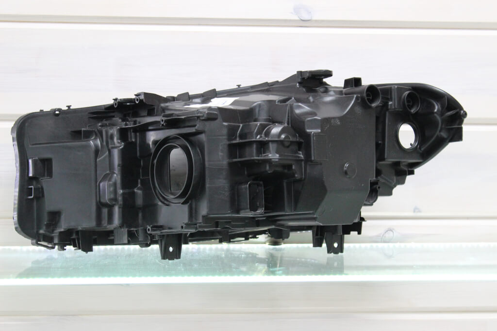 Корпус правой фары для BMW 5 G30 G31 G38 2016 Led