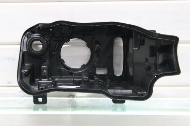 Корпус правой фары для BMW X3 F25 и X4 F26 2014-2018 рестайлинг