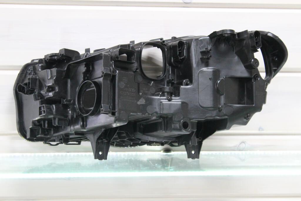 Корпус правой фары для BMW X3 G01 и X4 G02 2018