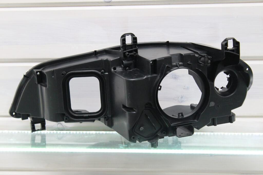 Корпус правой фары для BMW X5 E70 2010-2013 рестайлинг адаптив