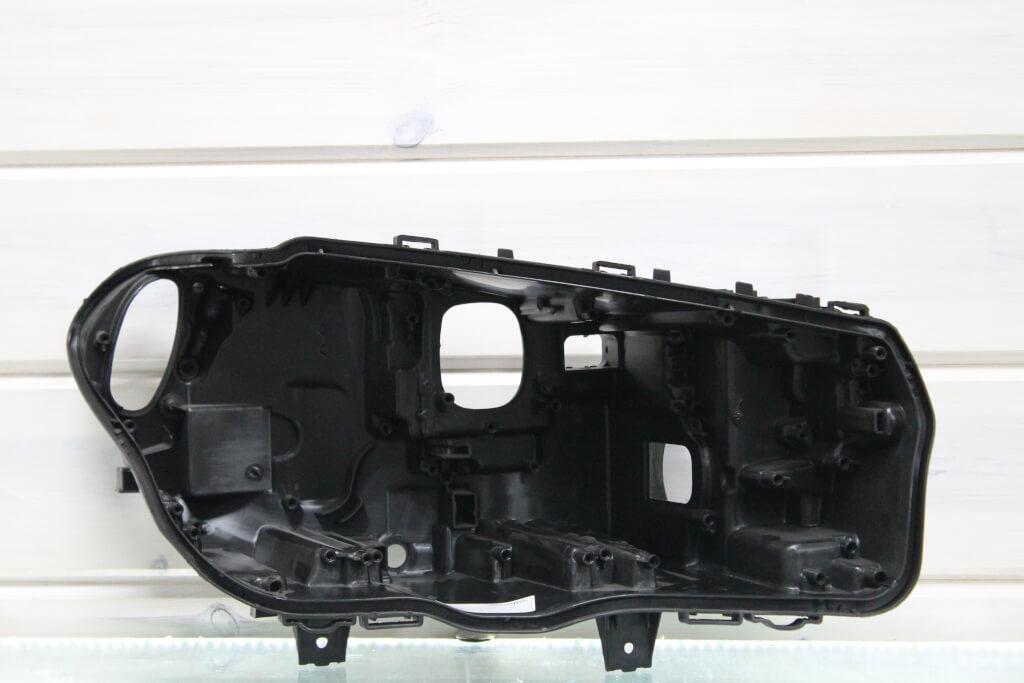 Корпус правой фары для BMW X5 G05 и X6 G06 2018 Laser Led