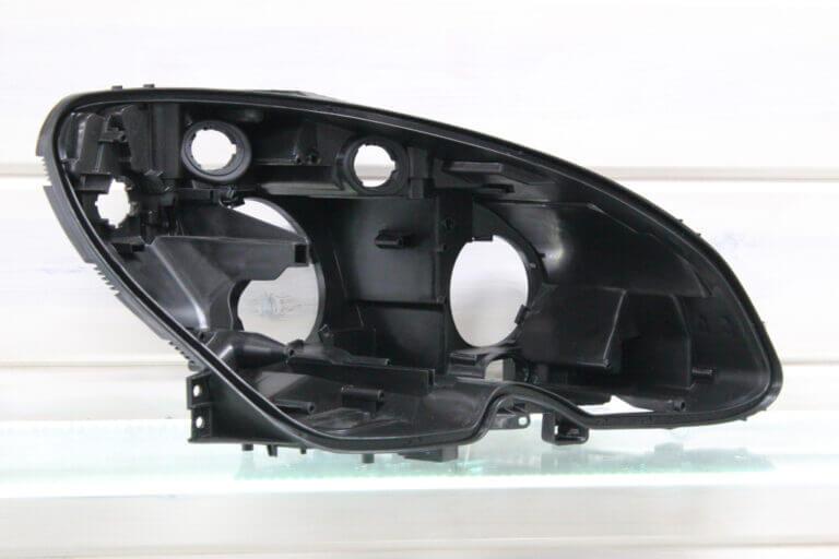 Корпус правой фары для Mercedes C-class W204 2007-2011 дорестайлинг