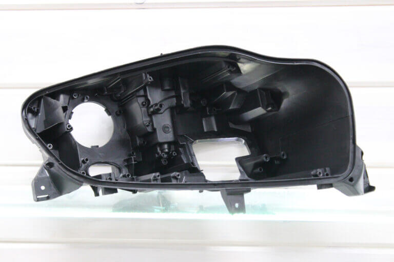 Корпус правой фары для Mercedes ML W166 2011-2015