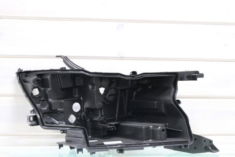 Корпус правой фары для Toyota Land Cruiser Prado 150 2017