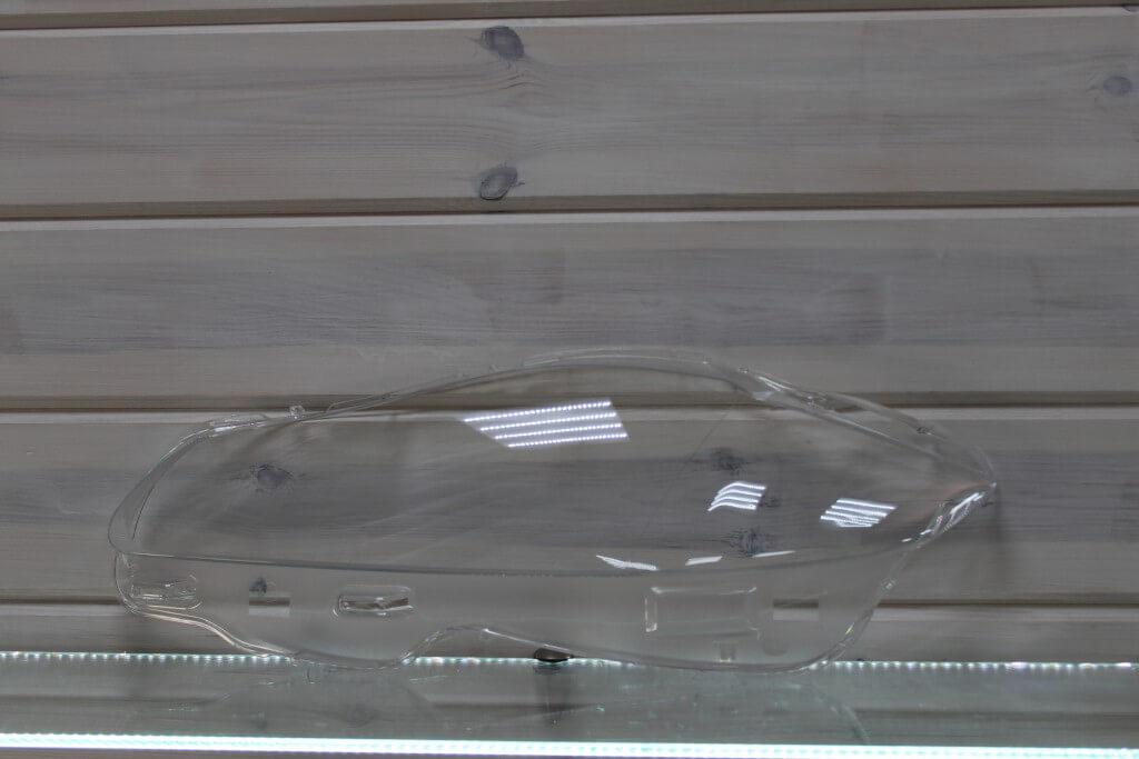 Стекло на левую фару для Jaguar XJ 2010-2015