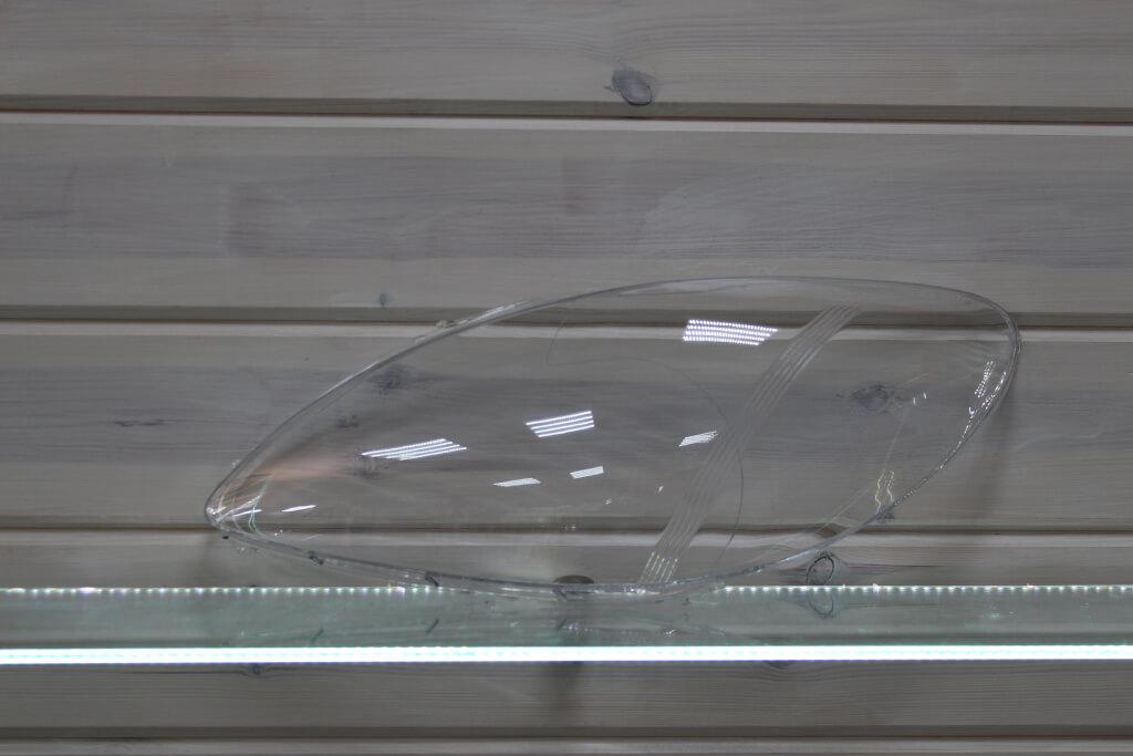 Стекло на левую фару для Mercedes Viano Vito W639 2003-2010