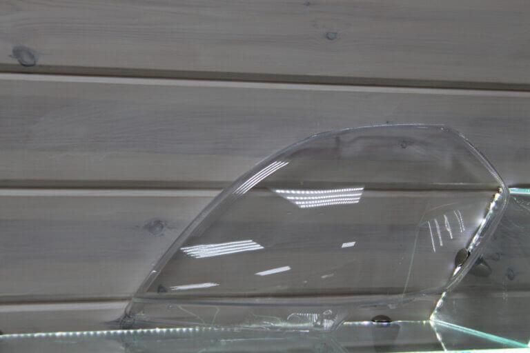 Стекло на левую фару для Nissan Teana J31 2005-2008 рестайлинг
