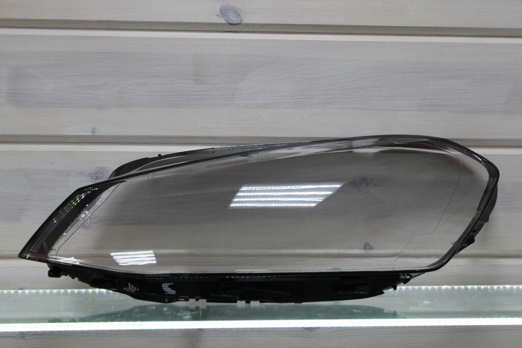 Стекло на левую фару для Volkswagen Golf 7 2013-2017 дорестайлинг