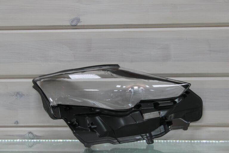 Стекло правой фары для Lexus IS 3 2013-2018