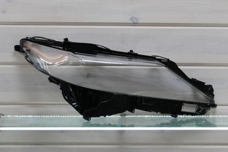 Стекло правой фары для Toyota Camry XV70 2017 Full LED