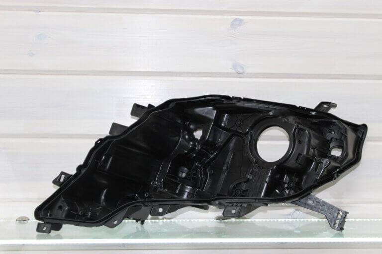 Левый корпус фары для Toyota Land Cruiser Prado 150 2013-2017 1-й рестайлинг