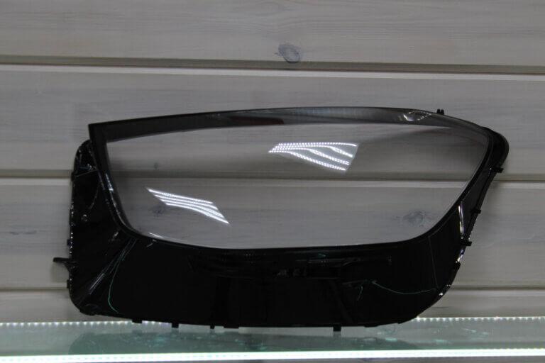 Стекло на левую фару для Mercedes GLC W253 2019-н.в.