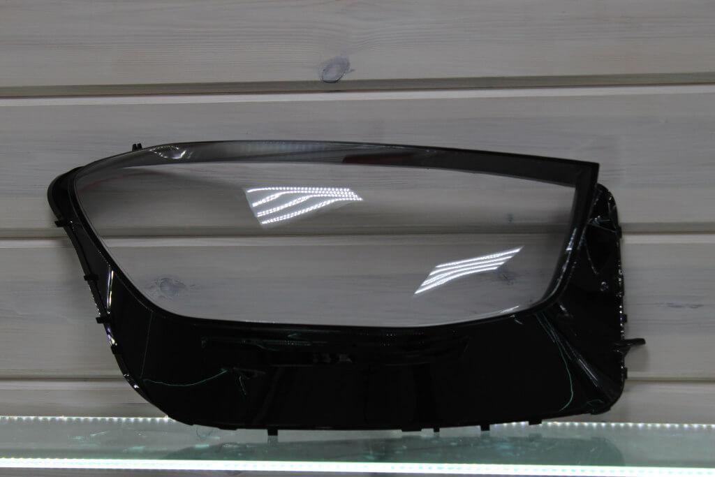 Стекло правой фары для Mercedes GLC W253 2019-н.в.