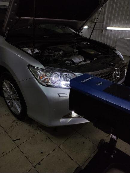 Регулировка света на Toyota