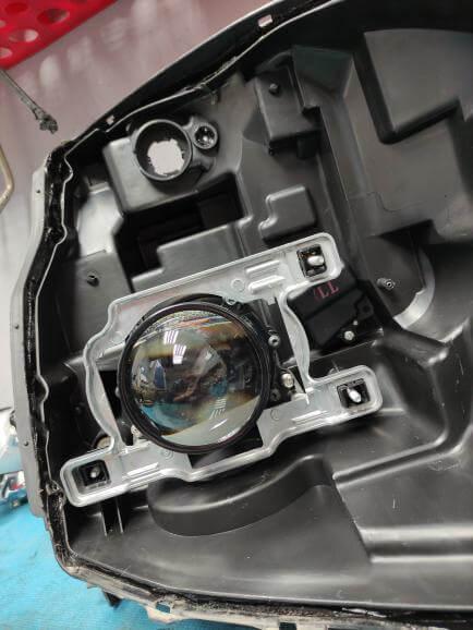 Портфолио: установка линз в фары Nissan X-Trail и модулей дальнего света