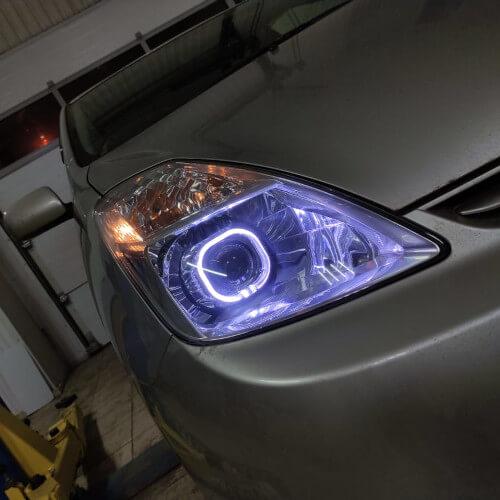 Установка светодиодных линз в Toyota Prius