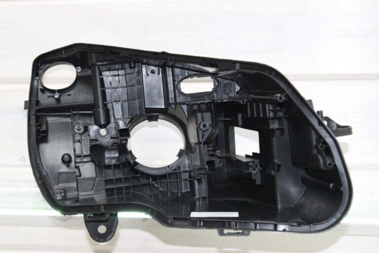 Корпус правой фары для Mercedes C-class W205 2018-нв Full LED