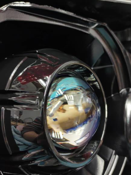 Портфолио: установка Hella Blue Glass в Toyota Tundra, окраска масок