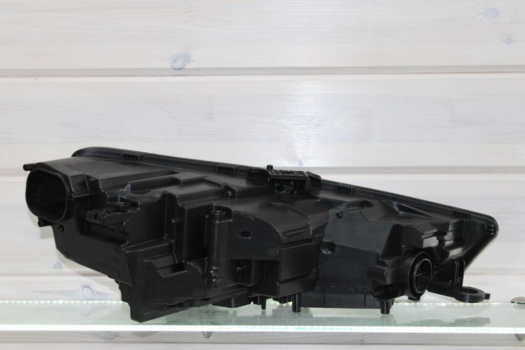 Корпус левой фары для Audi A4 B9 2015-2019 LED