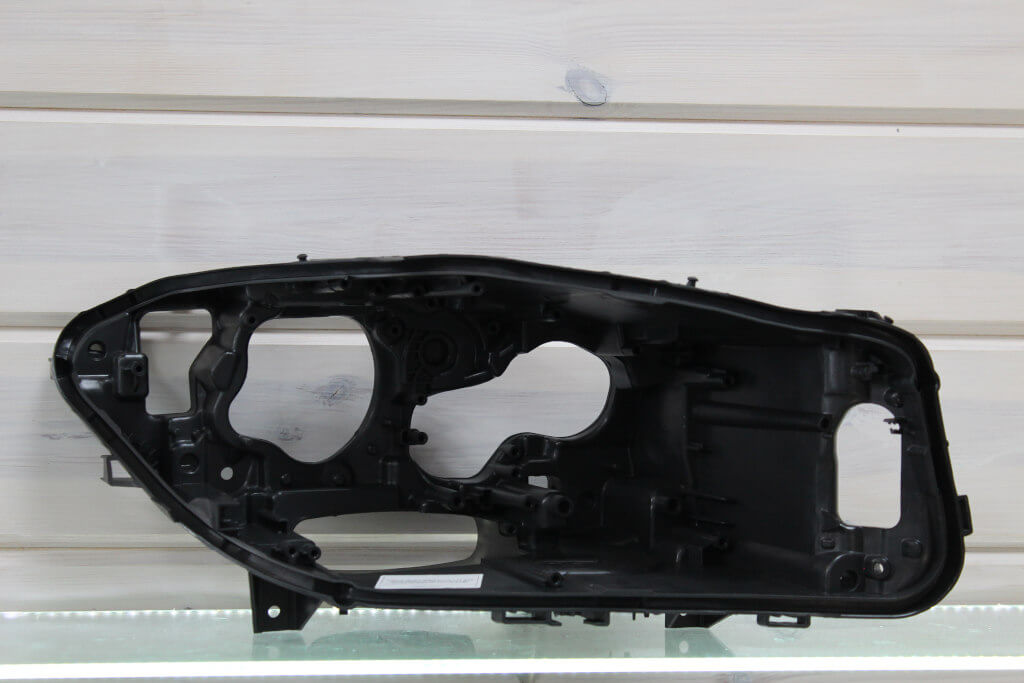 Корпус левой фары для BMW 5 F10, F11, F18 2013-2016 Full LED