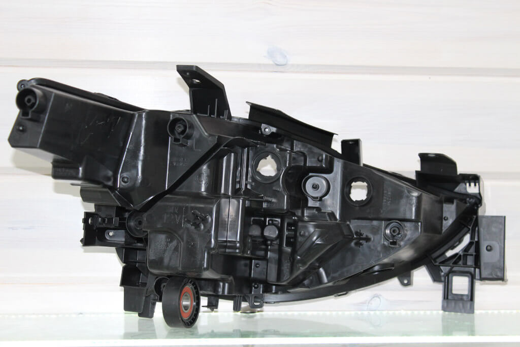 Корпус левой фары для Mazda CX-5 II 2017-н.в. LED Adaptive