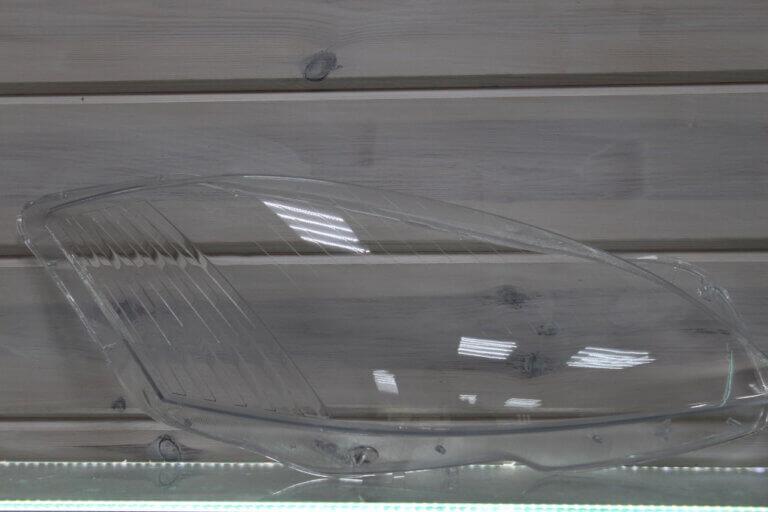 Стекло правой фары для Mercedes S-class W221 2005-2009